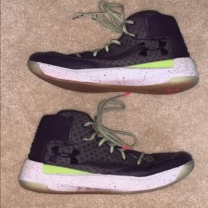Under Armour Basketball Shoes Size 12.5